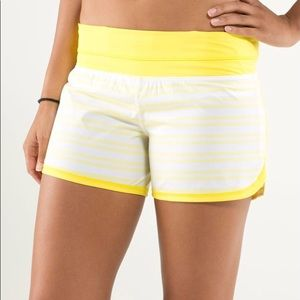 HOST PICK Lululemon Groovy Run Short